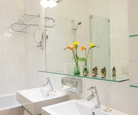 Badezimmer Comfort Suite im Appartement-Hotel an der Riemergasse