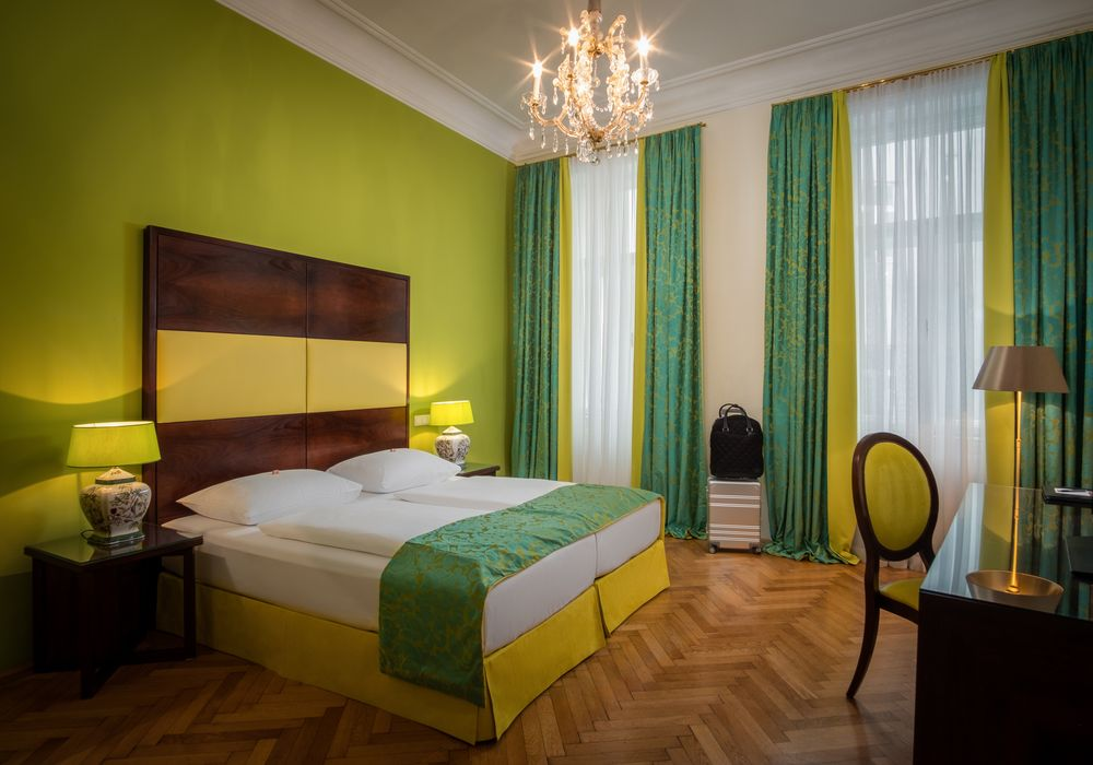Schlafzimmer Comfort Suite im Appartement-Hotel an der Riemergasse
