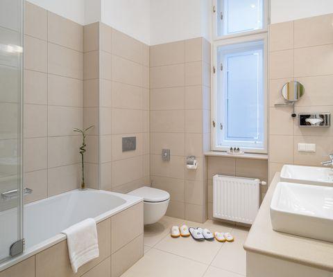 Badezimmer Deluxe Suiten im Appartement-Hotel an der Riemergasse