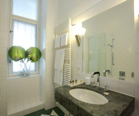 Badezimmer - Grande Suite im Appartement-Hotel an der Riemergasse